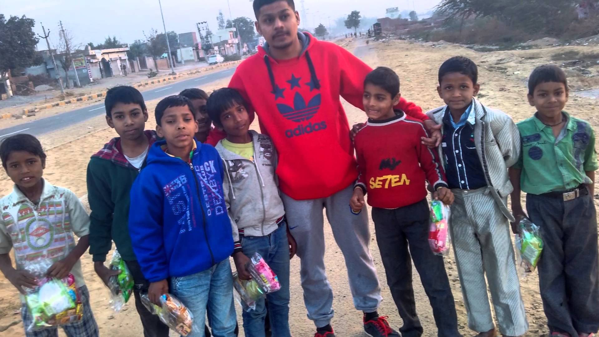 Giving Free Gifts To Slum Poor Kids On Christmas In India .