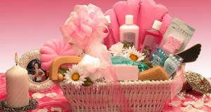 Gift baskets for women | gifts for women : Gift baskets for women ideas